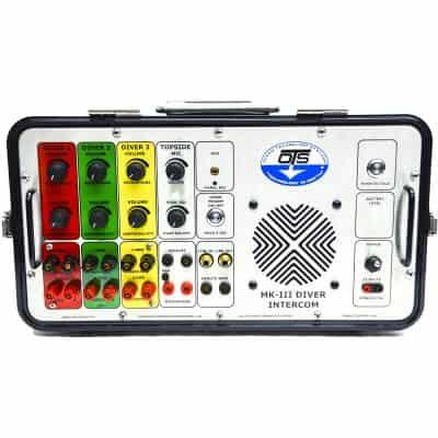 3 diver comm box