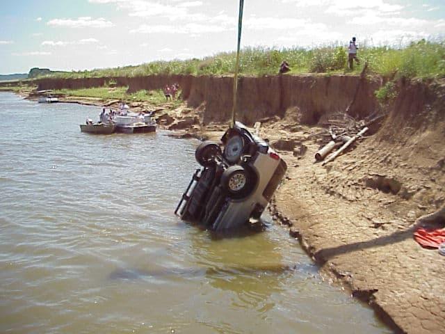 Car - Dive Rescue International